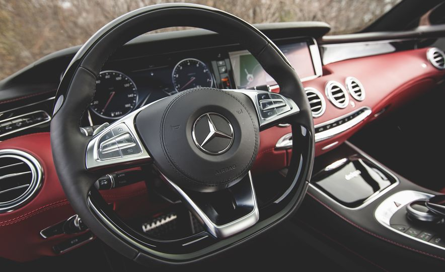 2015 Mercedes-Benz S550 4MATIC coupe - Slide 30