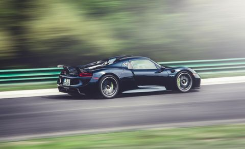 Back Went Some Spyders: Porsche Recalls 918 Spyder for Faulty Axle Fasteners