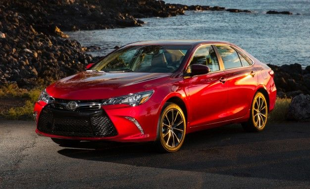 Toyota Camry Reviews | Toyota Camry Price, Photos, And Specs | Car And  Driver