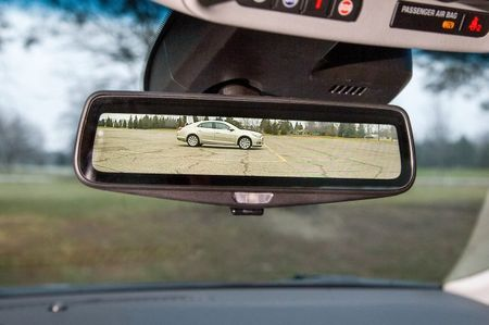 Visual Wizardry: Cadillac to Debut HD Rearview Mirror/Display Screen on CT6 Sedan