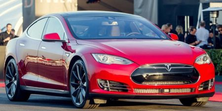 Tires Keeping 691-hp Tesla Model S P85D from Having Mega Range, Elon Weighs In on Cookies