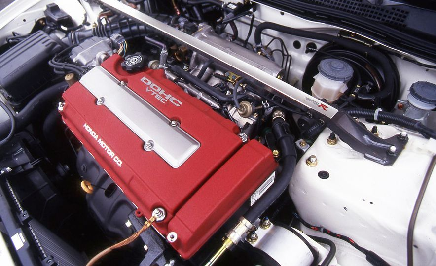 The Best Naturally Aspirated Engines of All Time - Slide 16