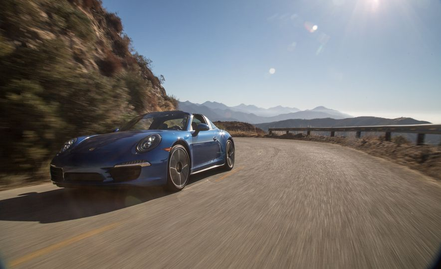 2014 Porsche 911 Targa 4S - Slide 9