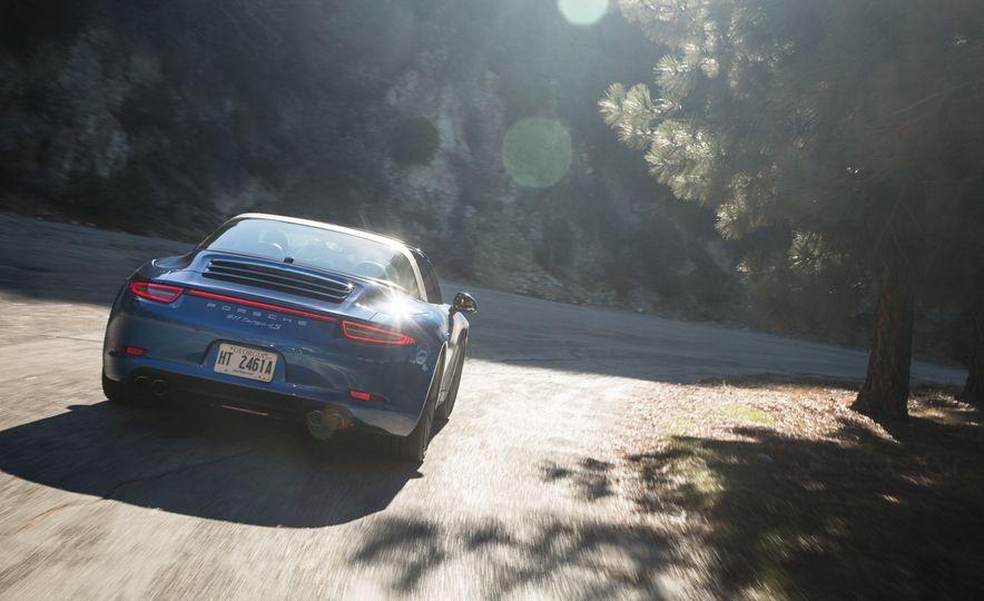 2014 Porsche 911 Targa 4S - Slide 16