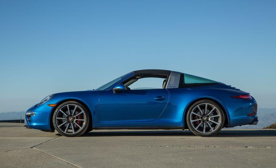 2014 Porsche 911 Targa 4S - Slide 36