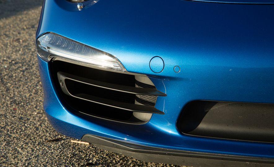 2014 Porsche 911 Targa 4S - Slide 38