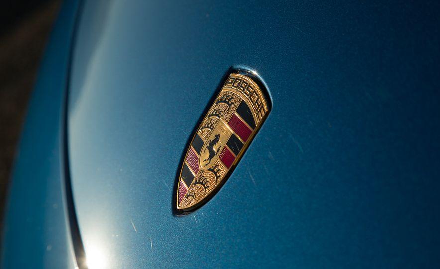 2014 Porsche 911 Targa 4S - Slide 40