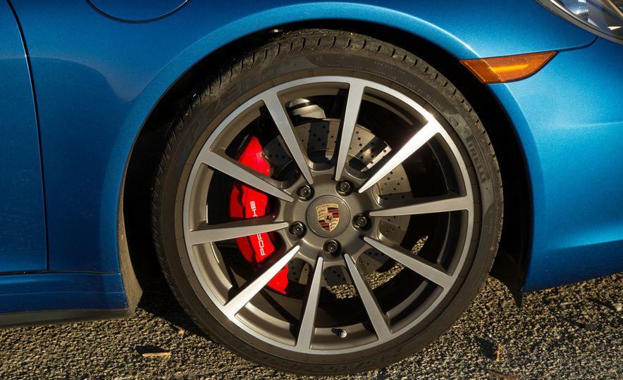 2014 Porsche 911 Targa 4S - Slide 43