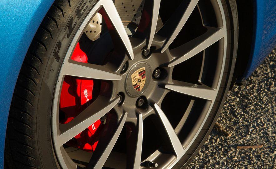 2014 Porsche 911 Targa 4S - Slide 44
