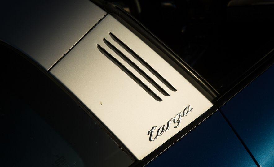 2014 Porsche 911 Targa 4S - Slide 45