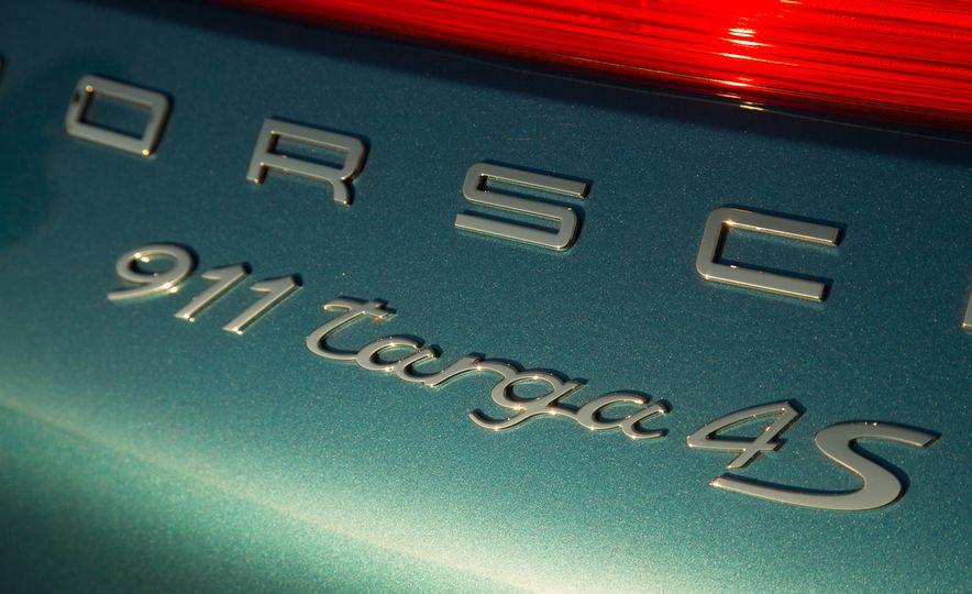 2014 Porsche 911 Targa 4S - Slide 46