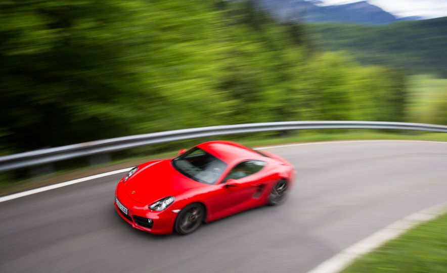 2015 Porsche Cayman GT4 (spy photo) - Slide 25