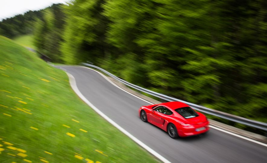 2015 Porsche Cayman GT4 (spy photo) - Slide 26