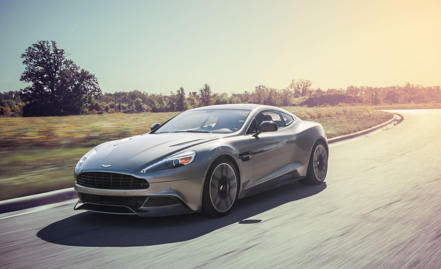 2015 Aston Martin Vanquish - Slide 1