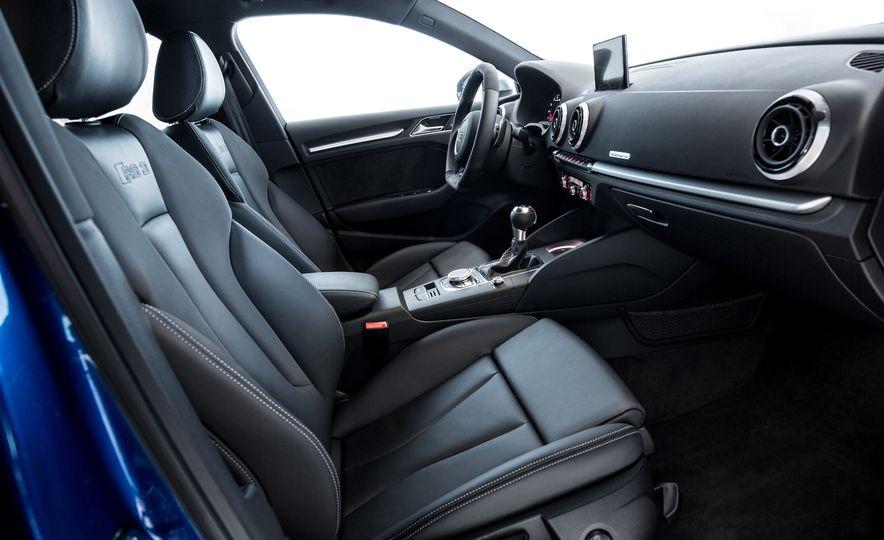 2015 Audi RS3 Sportback - Slide 15