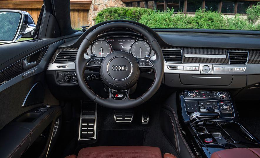 2015 Audi S8 - Slide 6