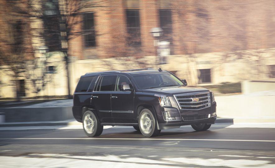 2015 Cadillac Escalade Premium - Slide 2