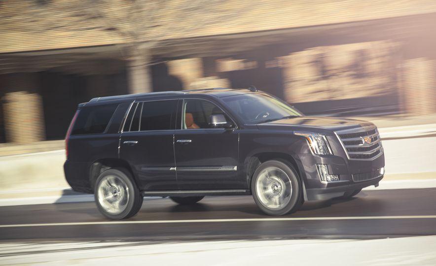 2015 Cadillac Escalade Premium - Slide 3