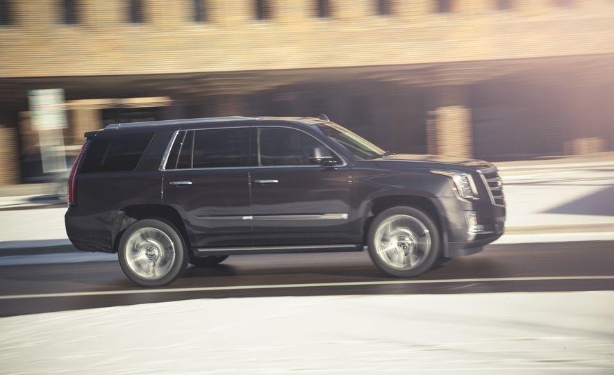 2015 Cadillac Escalade Premium - Slide 4