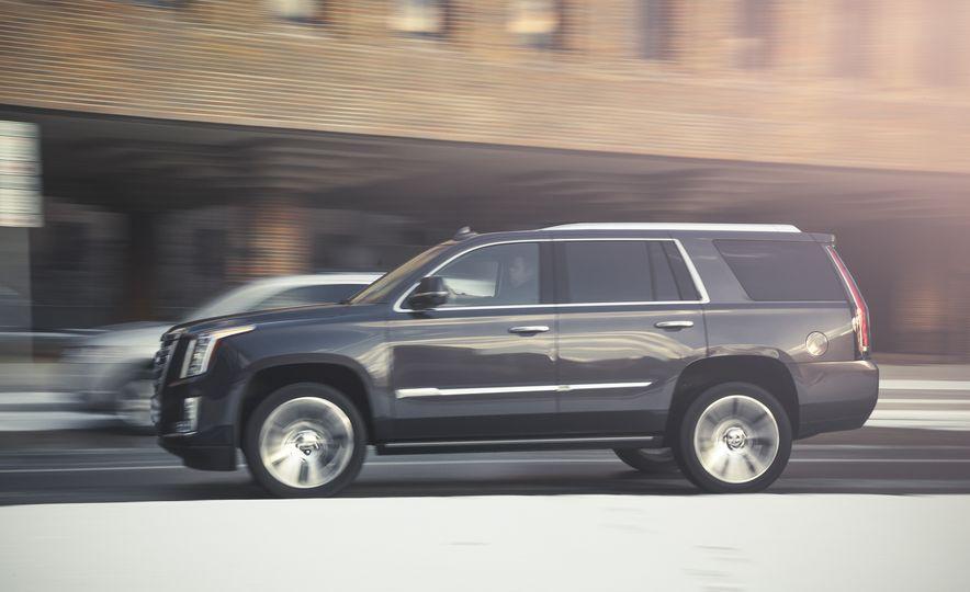 2015 Cadillac Escalade Premium - Slide 5