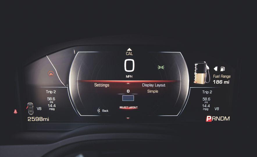 2015 Cadillac Escalade Premium - Slide 36
