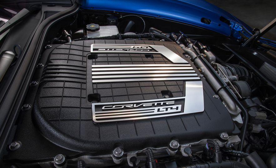 2015 Chevrolet Corvette Z06 convertible - Slide 11