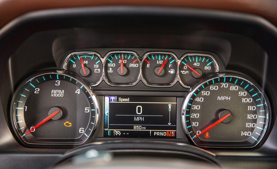 2015 Chevrolet Silverado 1500 LTZ Z71 Custom Sport Special Edition - Slide 24
