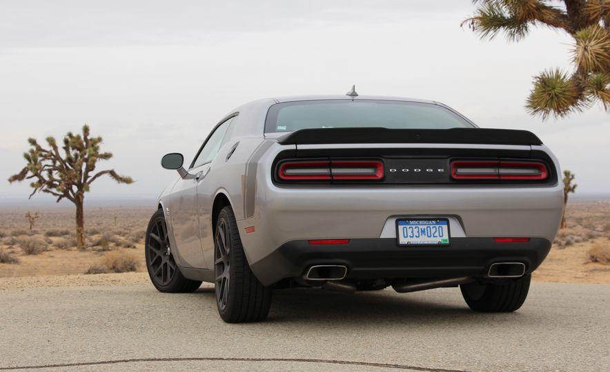 2015 Dodge Challenger R/T Scat Pack - Slide 13