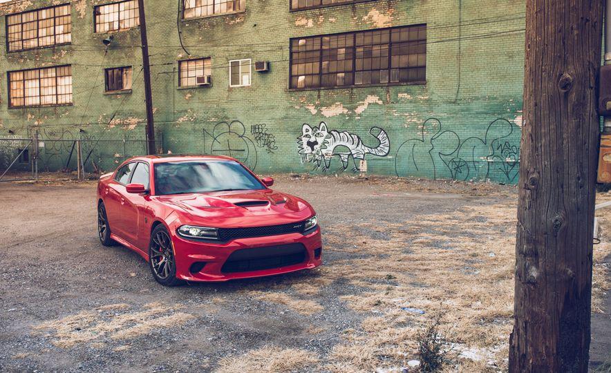 2015 Dodge Charger SRT Hellcat - Slide 11
