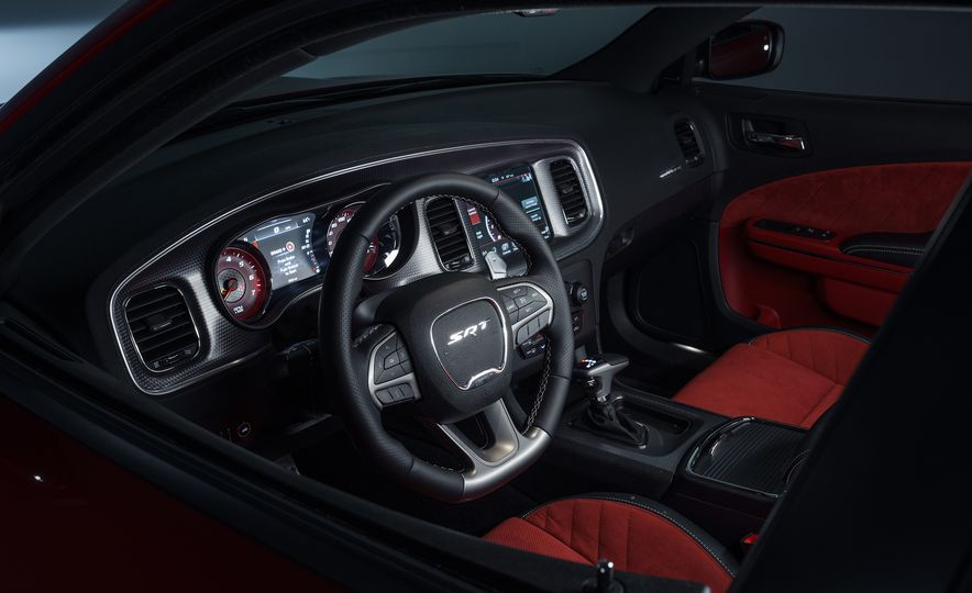 2015 Dodge Charger SRT Hellcat - Slide 15