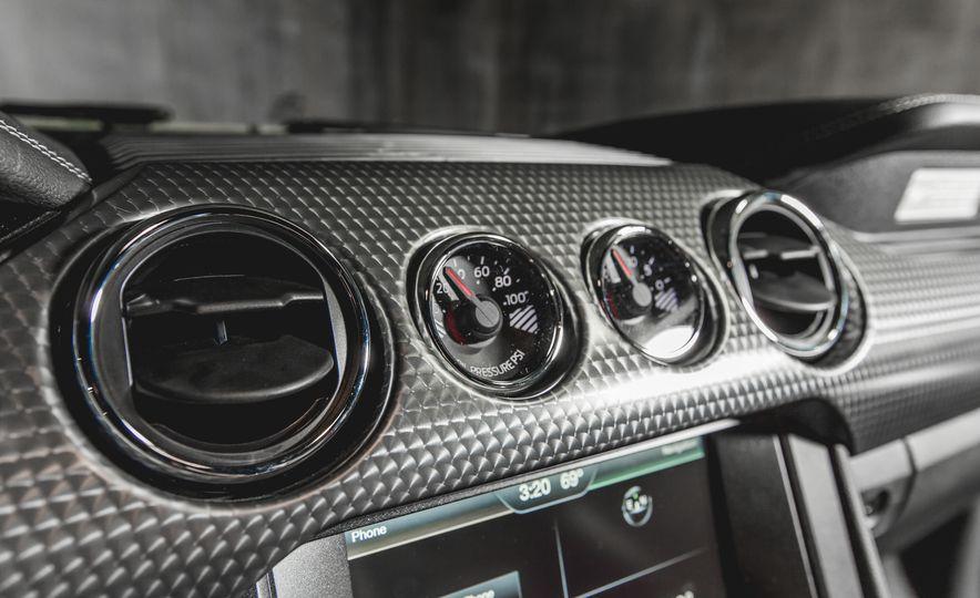 2015 Ford Mustang GT - Slide 17