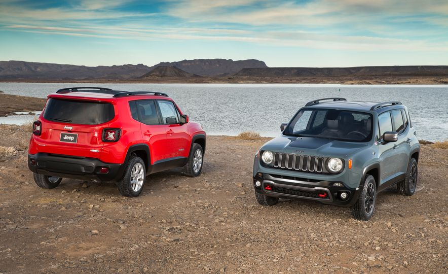 2015 Jeep Renegade Trailhawk and Latitude Models - Slide 2