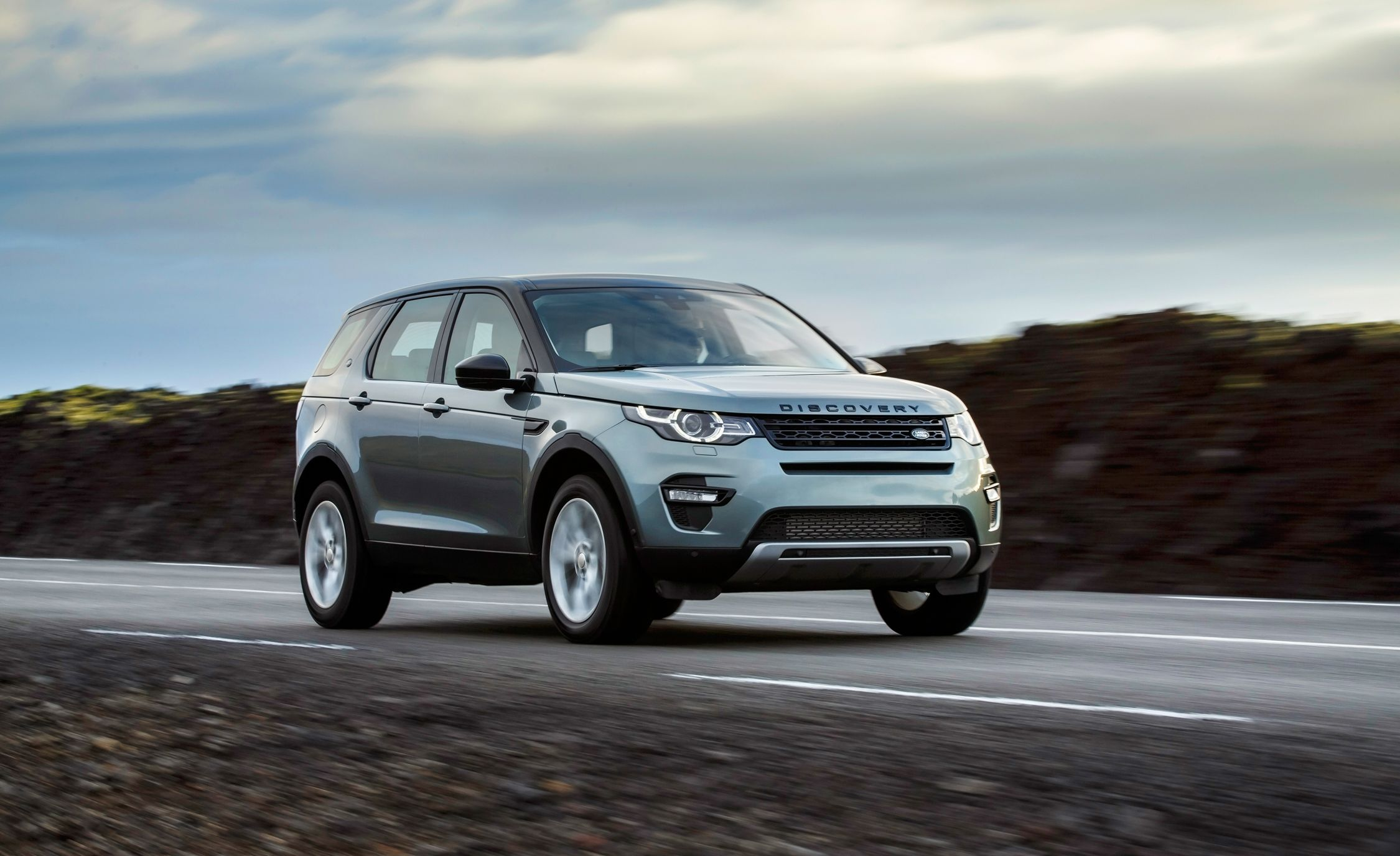 Land Rover Discovery Sport U.S. Pricing Released – News – Car and ...