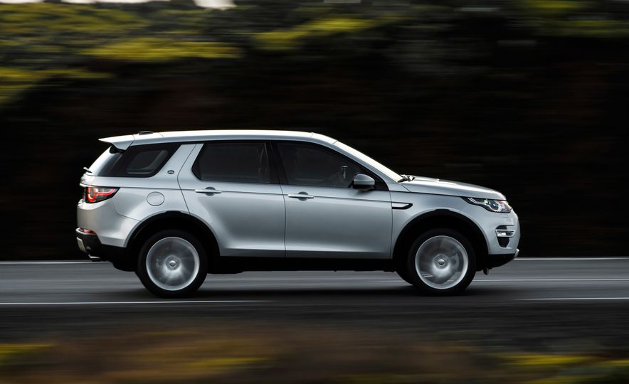 2015 Land Rover Discovery Sport - Slide 8