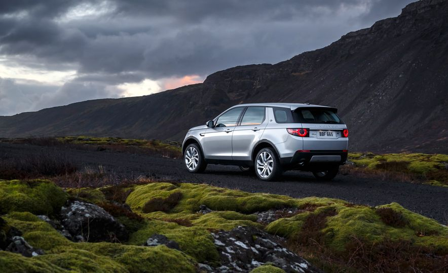 2015 Land Rover Discovery Sport - Slide 13