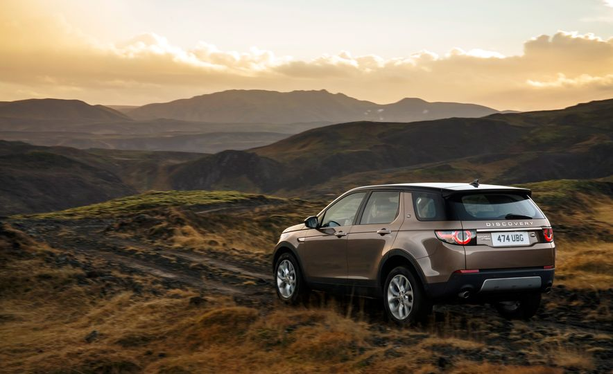 2015 Land Rover Discovery Sport - Slide 21