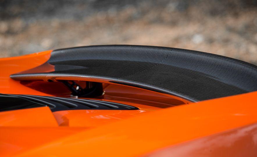 2015 McLaren 650S Le Mans Edition - Slide 10