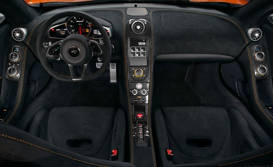 2015 McLaren 650S Le Mans Edition - Slide 17