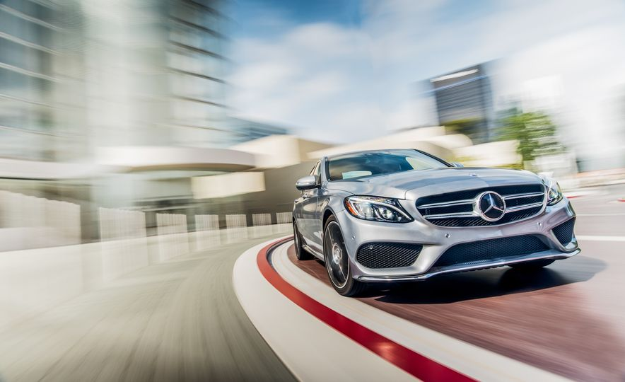 2015 Mercedes-Benz C400 4MATIC - Slide 1