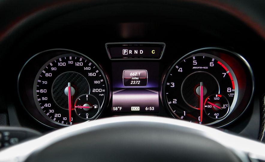 2015 Mercedes-Benz GLA45 AMG - Slide 18