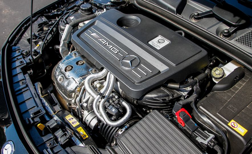 2015 Mercedes-Benz GLA45 AMG - Slide 20