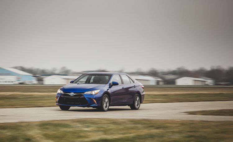 2015 Toyota Camry SE Hybrid – Instrumented Test