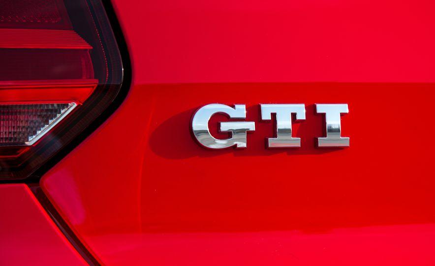 2015 Volkswagen Polo GTI - Slide 16