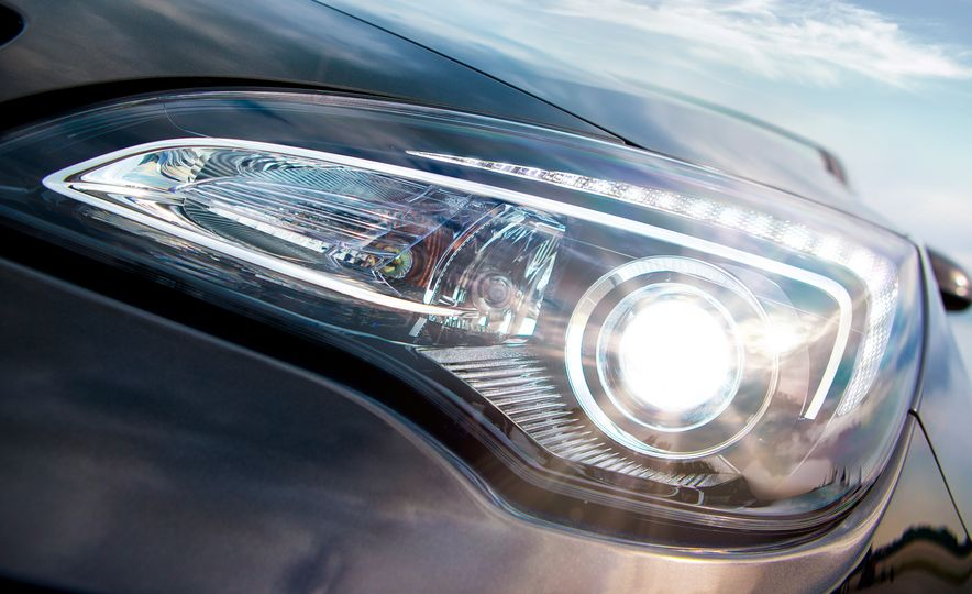 2016 Buick Cascada - Slide 11