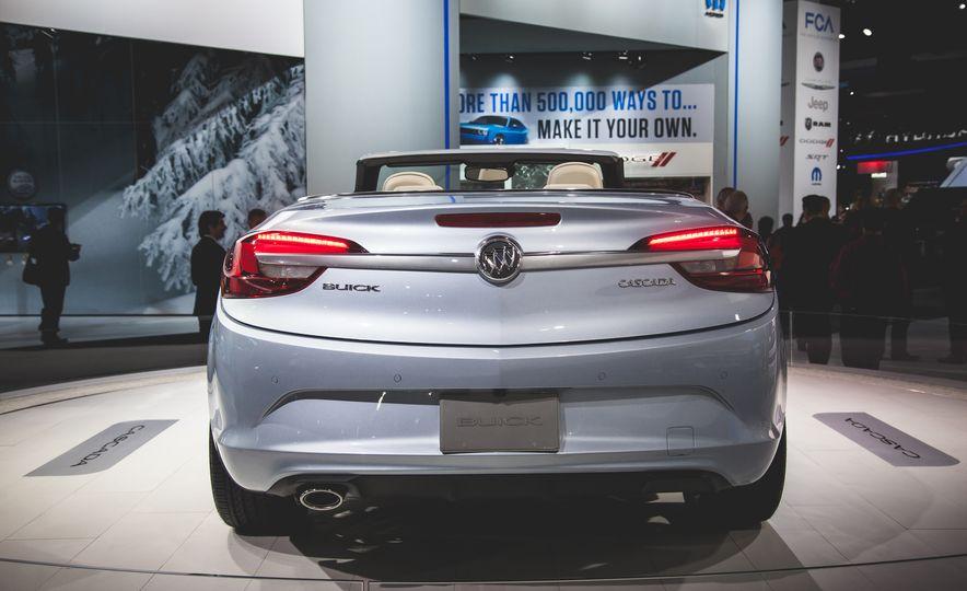 2016 Buick Cascada - Slide 3