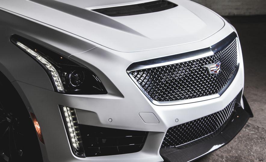2015 Dodge Charger SRT Hellcat - Slide 25