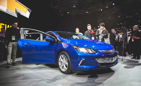 2016 Chevrolet Volt Plug-In Hybrid – Official Photos and Info
