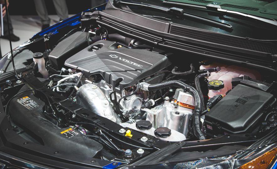 2016 Chevrolet Volt - Slide 3