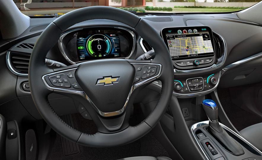 2016 Chevrolet Volt - Slide 18