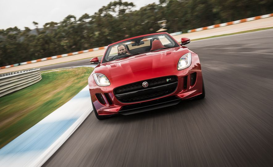 2016 Jaguar F-type roadster AWD (Euro-spec) - Slide 20